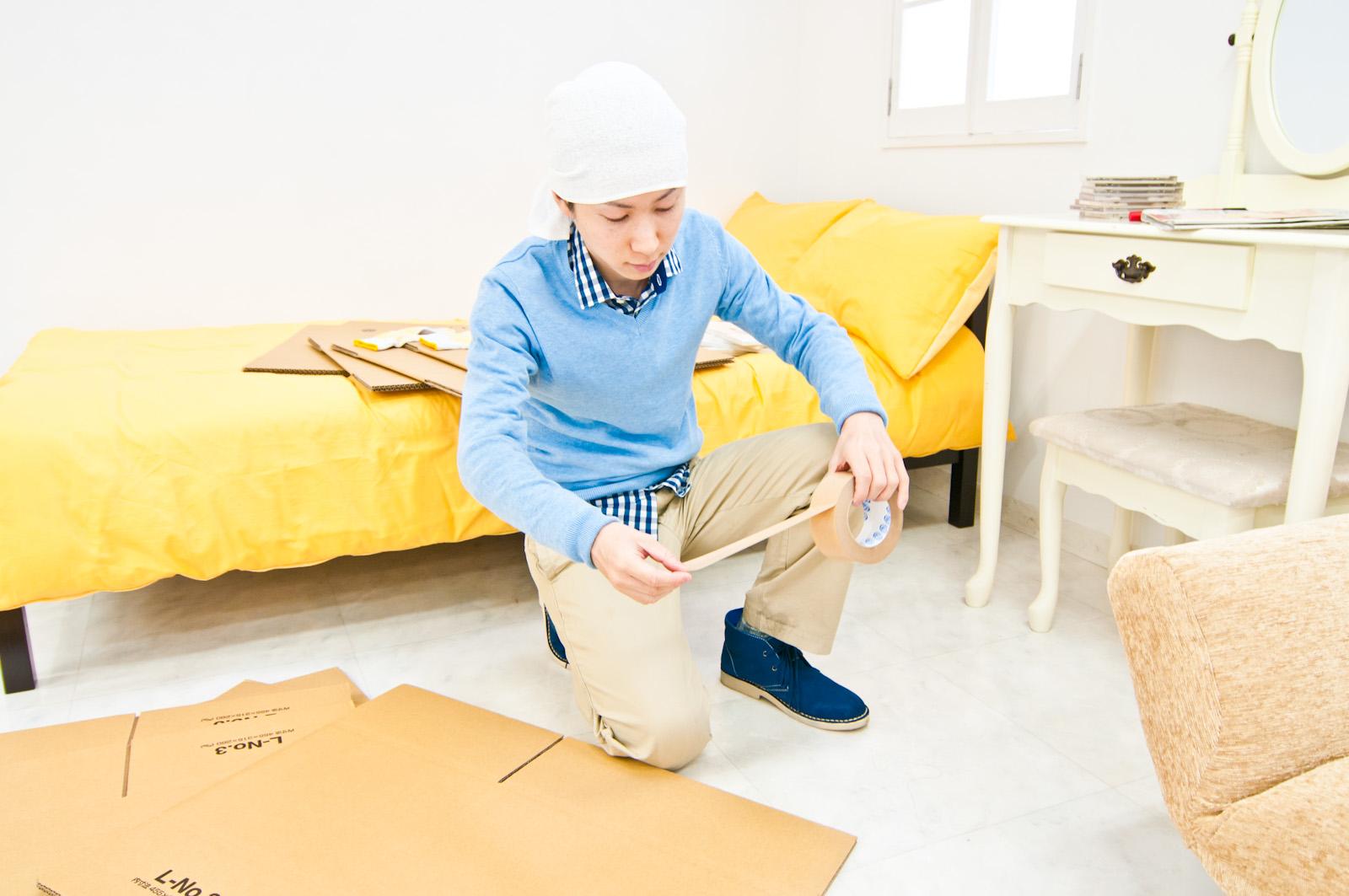 札幌市で引っ越しの準備をしている人